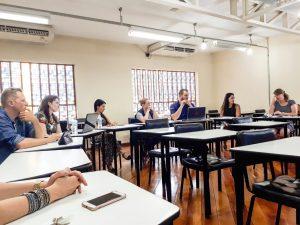 Foto do debate sobre temas de inclusão